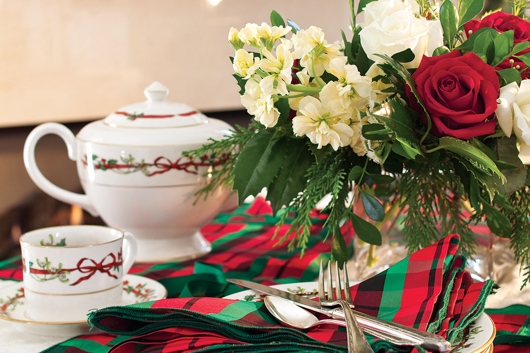 Merry and Bright Tablescapes