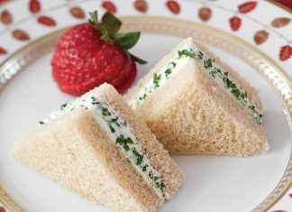 Goat-Cheese-and-Herb-Tea-Sandwiches