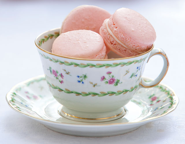 Strawberries and Cream French Macarons Recipe