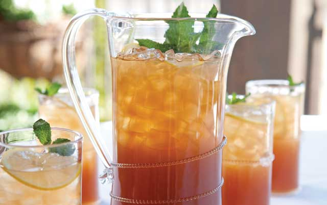 Iced-Green-And-Black-Tea
