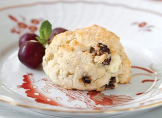 Gluten-Free Fig and Blue Cheese Scones