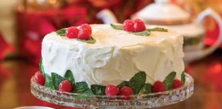Almond-Cake-with-Cherry-Filling