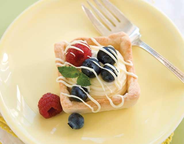 White-Silk-Tartlets