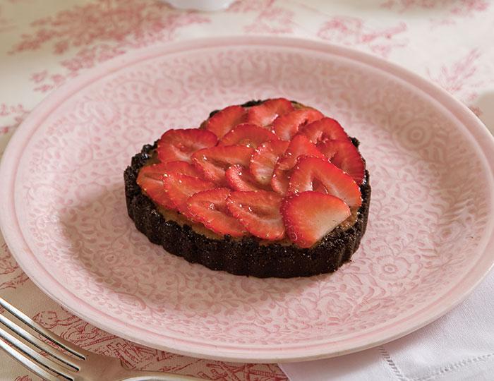 ... in these chocolate cheesecake tarts chocolate cheesecake tarts 2015 01