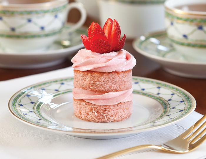 Strawberry Cake Recipe With Jelly: Strawberry Jam Cakes