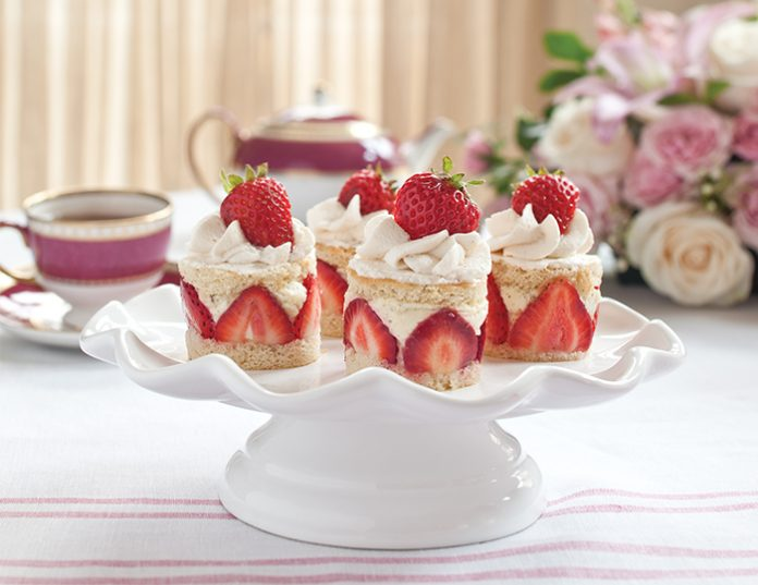 strawberry-rose-baby-cakes