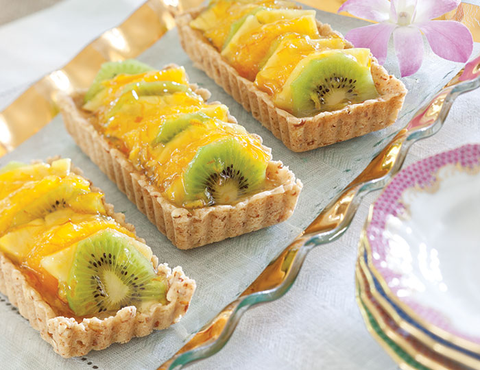 delicious cookie crust gives these Tropical Fruit Cookie Tartlets ...