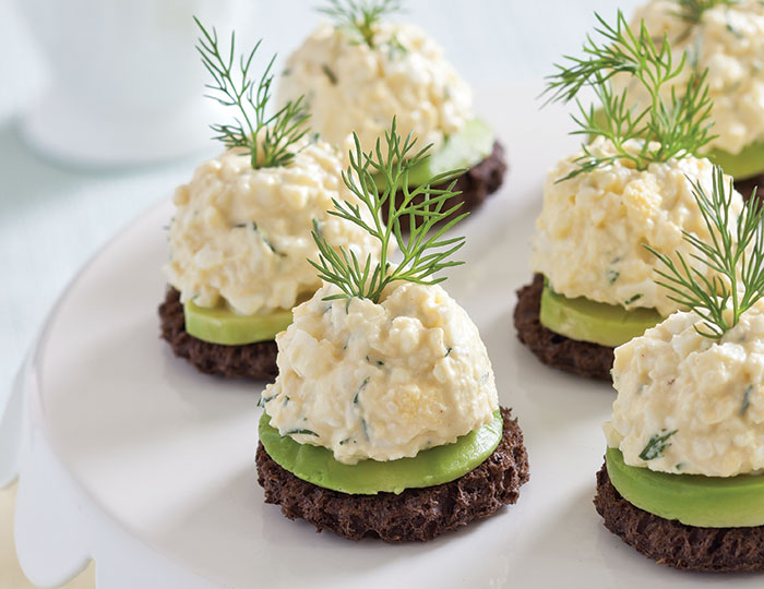 Avocado egg salad canap s teatime magazine for Types of canape