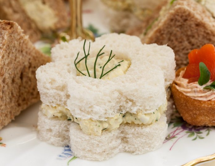 Herbed Egg Salad Flower Sandwiches