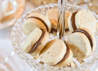 Mini Hazelnut Sandwich Cookies