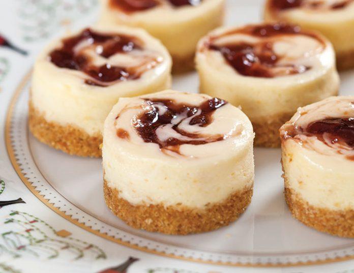 Mini Sugarplum Cheesecakes