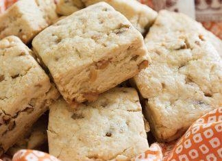 Toffee-Pecan Scones