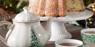 Merry TeaTime Christmas Teapot Giveaway 1