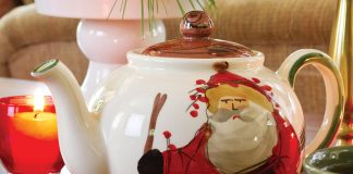 Merry TeaTime Christmas Teapot Giveaway 2