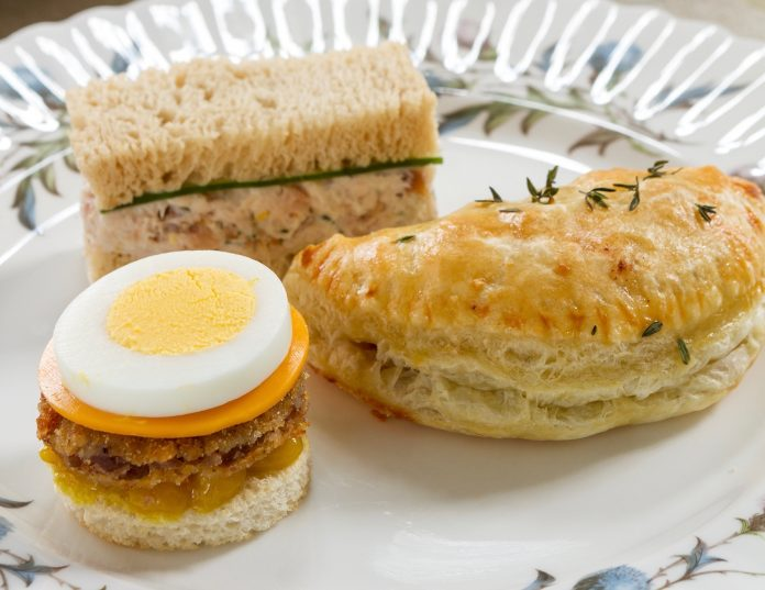 Scotch egg canap s teatime magazine for Canape sandwiches