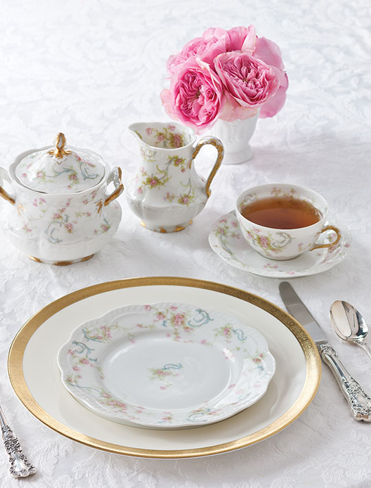 The Complete Table Setting the Table with Family Heirlooms  sc 1 st  TeaTime Magazine & Setting the Table with Family Heirlooms - TeaTime Magazine