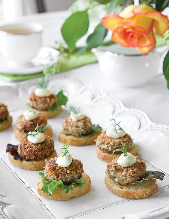 these mini salmon croquette canaps are topped with a delicious citrus aoli and fresh dill - Mini Canape