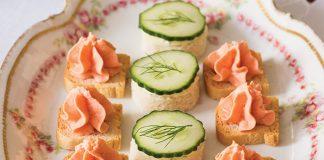 Salmon Petits Toasts