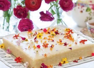 Coconut Cake with White Chocolate Ganache