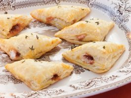Turkey-Lingonberry Puffs