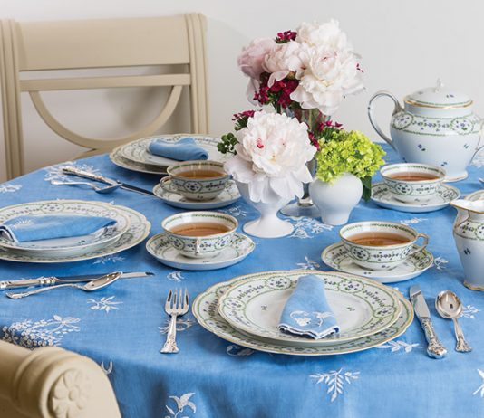 The Complete Table: French Flair