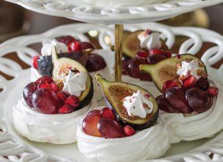Pavlovas with Vanilla Bean Mousse