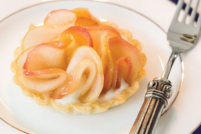 Apple Tartlets with Brown Sugar Cream - TeaTime Magazine
