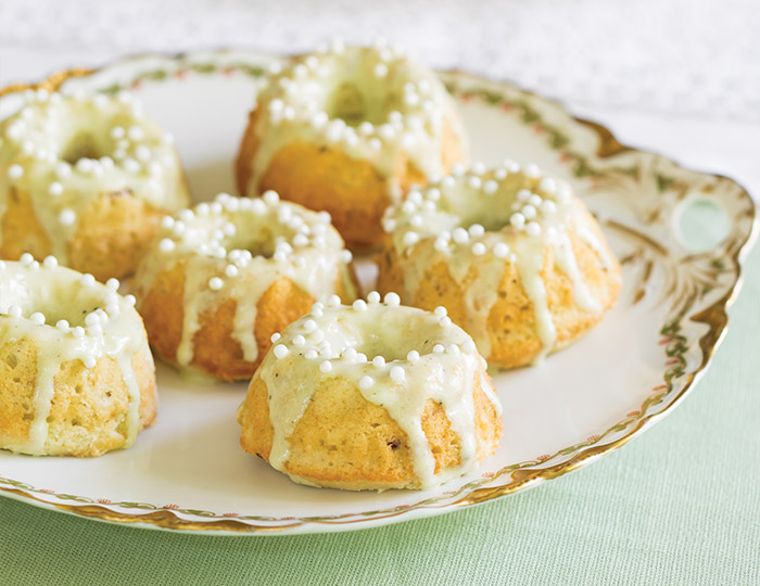 Matcha-Almond Mini Bundt Cakes