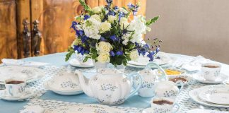 The Complete Table: Dainty Details