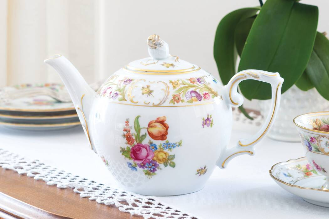 Treasured-Teapot-Floral-Flair