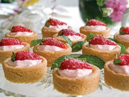 Sugar Cookie Cups with Strawberry Cream
