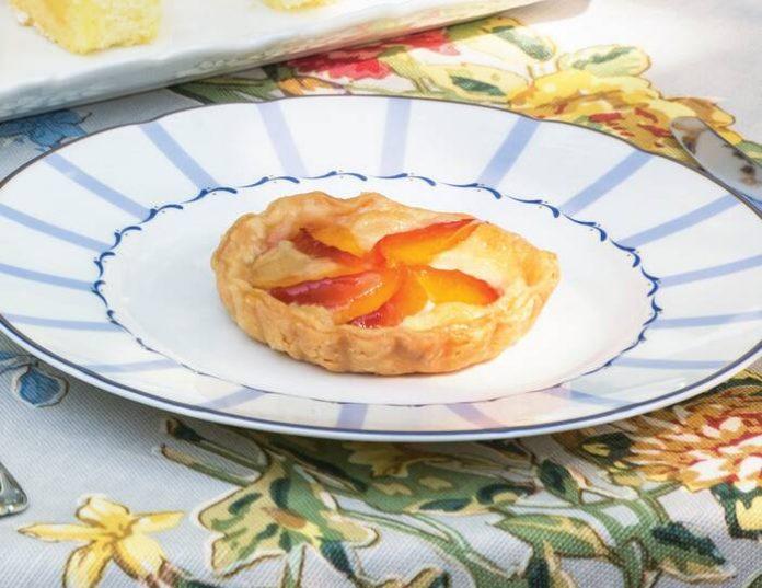 Apricot-Frangipane Tartlets