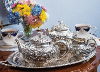 5 Stunning Teapots for Summer