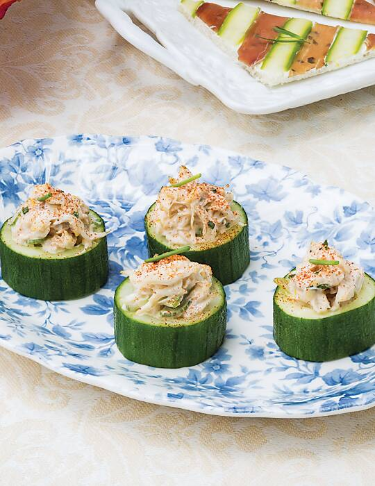 Cucumber-Crab Canapés