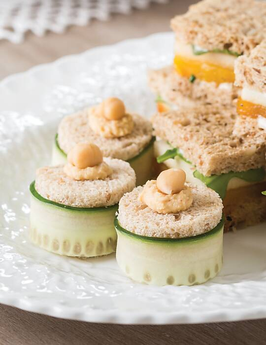 Roasted Garlic Hummus Tea Sandwiches
