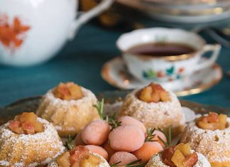 Ginger Cakes with Rosy Apple Compote