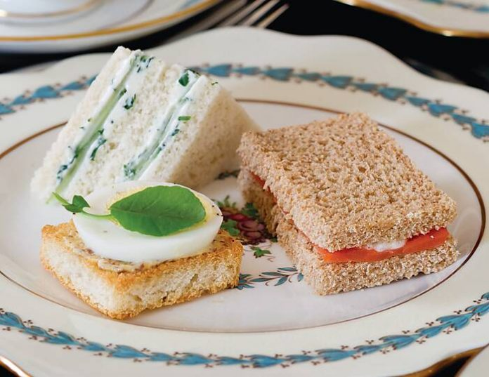 Herbed Cucumber Cheese Sandwiches