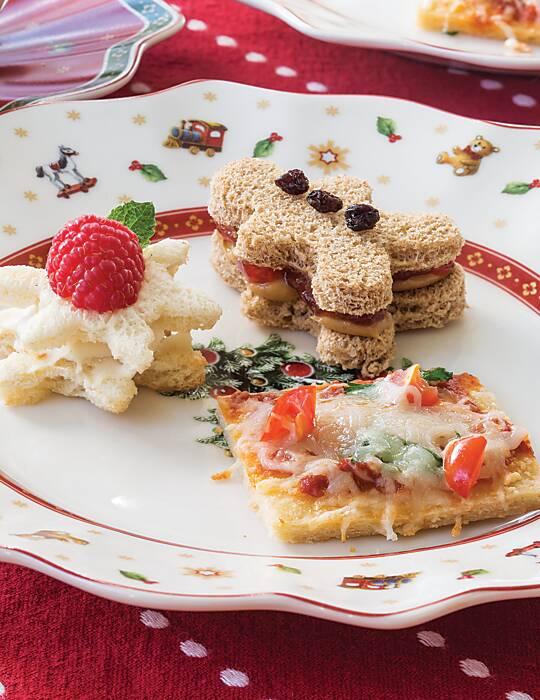 Raspberry–Cream Cheese Tea Sandwiches
