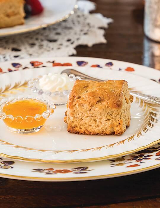 Butterscotch-Cashew Scones