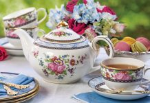 Treasured Teapot: Perennial Rose