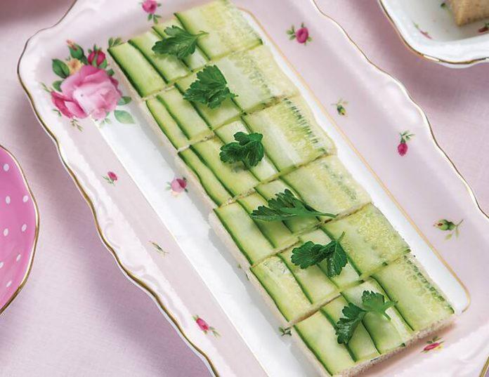 Cucumber-Blue Cheese Canapés