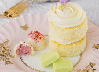 White Chocolate–Strawberry Truffles